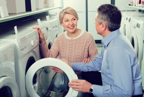 10 Questions Most People Forget to Ask When Shopping for a New Washer and Dryer