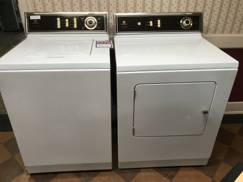 Maytag MAYTAG TOP LOAD WASHER & ELECTRIC DRYER PAIR!