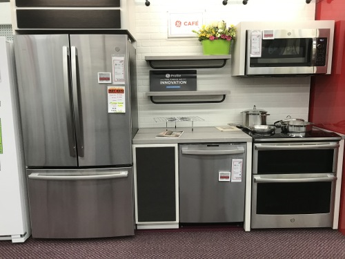 GE GE 4PC KITCHEN PACKAGE - HOT BUY!