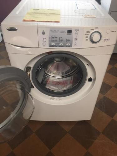 Amana Front Load Washer with Wrinkle Control